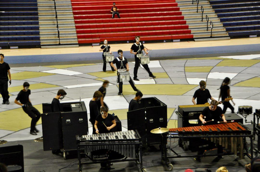 WL Great Oak Performs